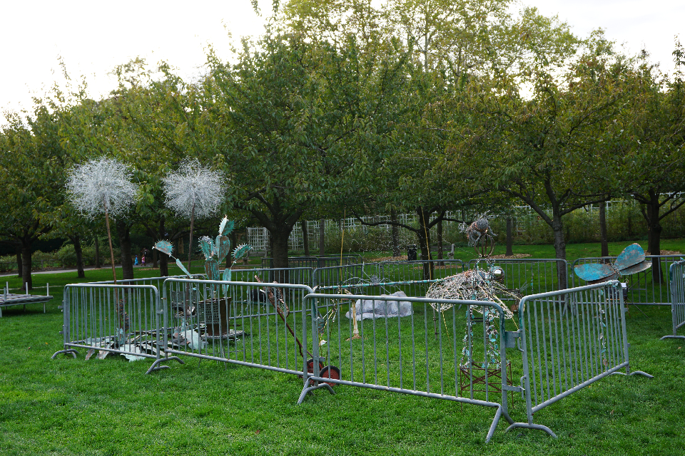 Sculpture Installation, Metal, Approx. 20 x 30 ft, Brooklyn Botanic Garden, 2014